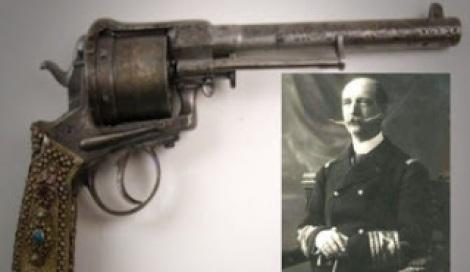 georgiosvas-pistol2